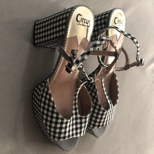 Size 12 Never worn Circus by Sam Edelman